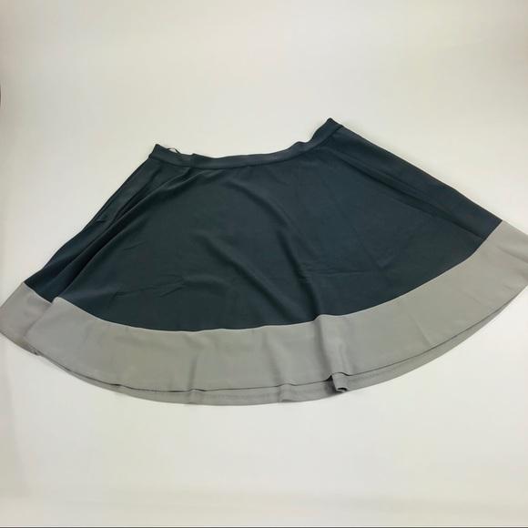 4e19e1f53a jete Dresses & Skirts - Jete Full Circle Skater Skirt Gray Scuba Knit 1X